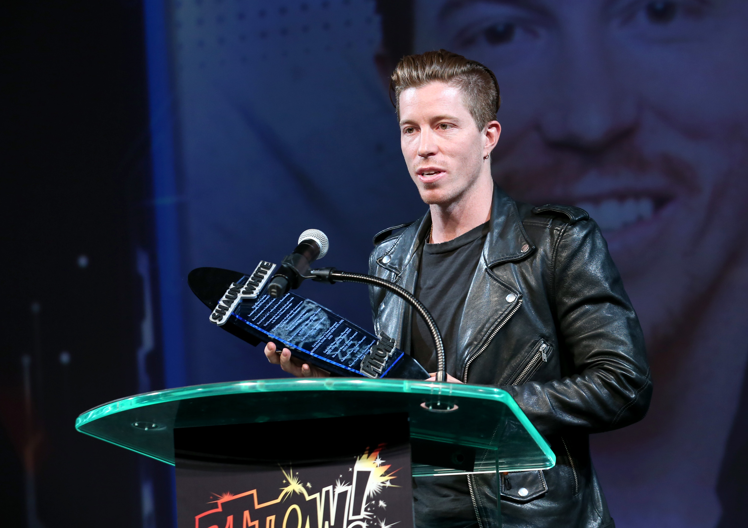 Icon Award Winner Shaun White (Photo by Mark Davis/Getty Images for PTTOW!)
