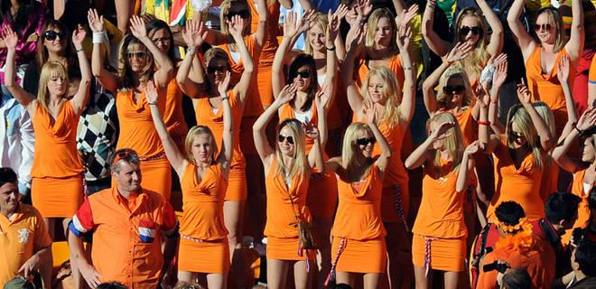 dutch_miniskirts orange world cup